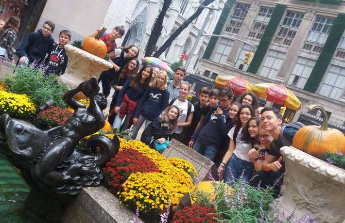 Élèves du Lycée Jean Paul II à Rennes en sortie scolaire à l'étranger